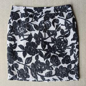 Ann Taylor navy/black/white floral skirt